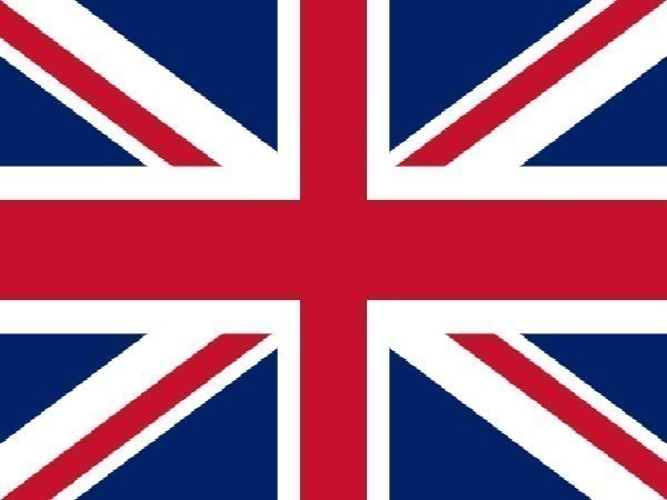 UK reports another 39,906 coronavirus cases
