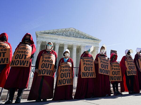 Women's marches storm NY, DC and LA protesting Trump, ACB despite social distancing mandates