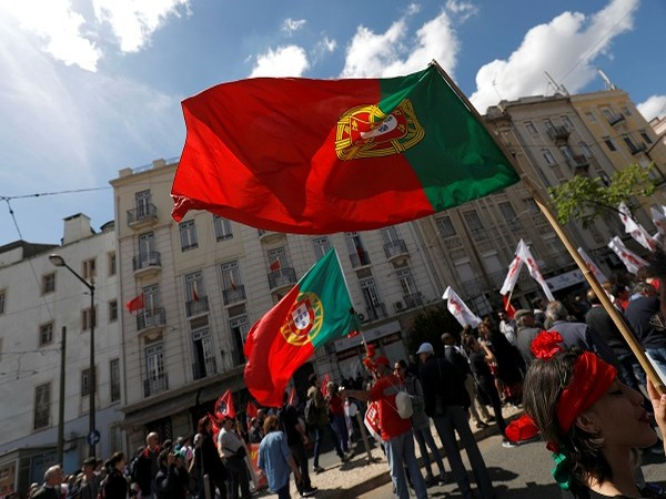 Portugal extends travel restrictions with countries most affected by COVID-19