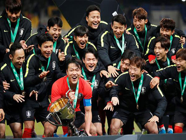 S. Korea coach bracing for battle of attrition in Olympic football qualifier