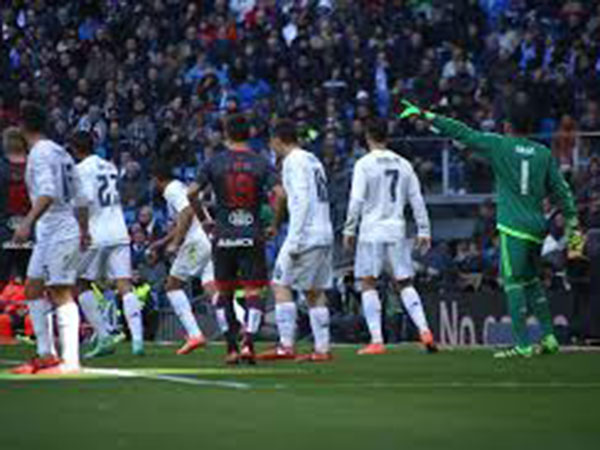 Preview: Real Madrid and Real Sociedad play in pick of Spain's matchday 14