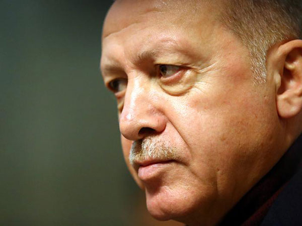 Pakistan, Turkey sign two MoUs