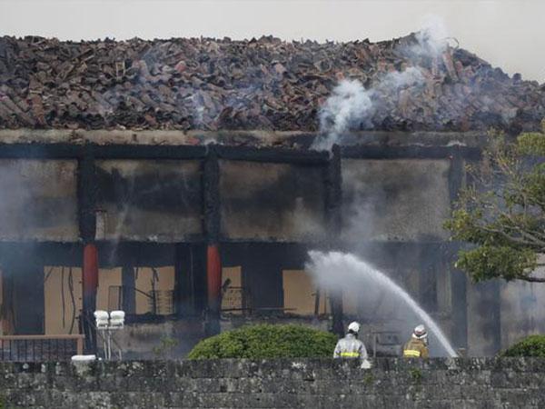 Okinawa sets up panel to assist castle restoration