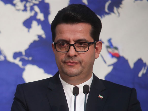 Spox reminds France of Persian Gulf's correct name