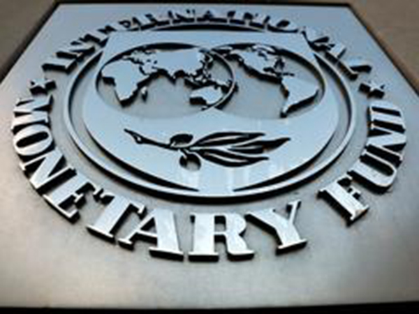 IMF hints at helping Pakistan to fight off corona impact