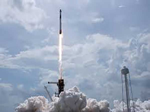 """""""Israel successfully launches Ofek 16 spy satellite into space"""