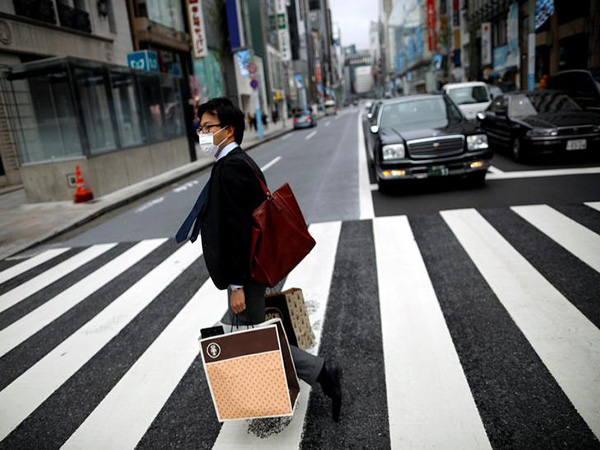 Tokyo govt. urges people to stay home at night