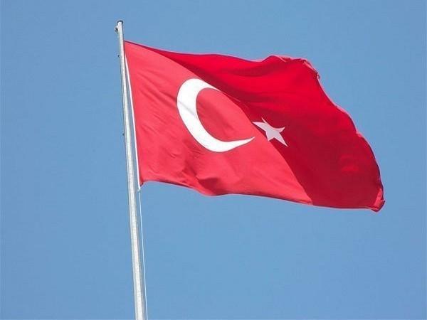 Turkey condemns Greek-French defense deal