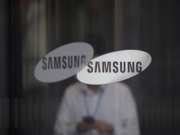 Samsung Display develops low-power OLED panel for smartphones