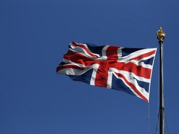 UK reports another 23,511 coronavirus cases