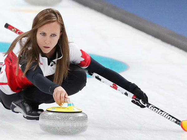 Einarson downs Jones in Battle of Manitoba to reach Scotties final