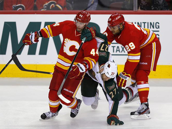 Ex-NHL player Akim Aliu calls Calgary Flames head coach Bill Peters' apology 'misleading, insincere and concerning'