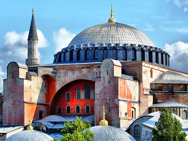 Appealing not to turn Hagia Sophia into mosque