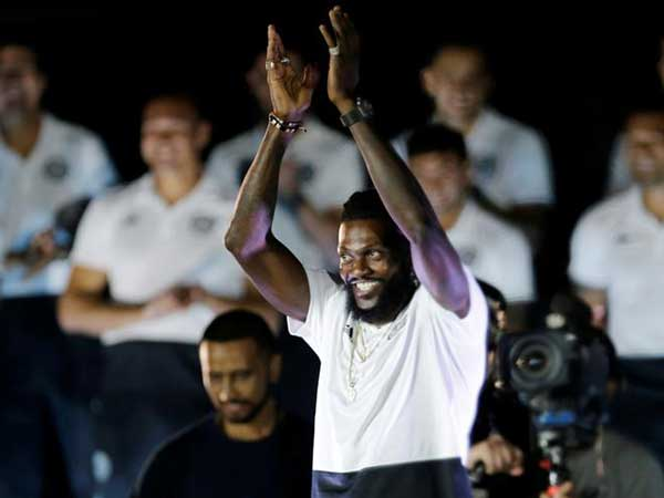 Adebayor travels to Togo amid Paraguay lockdown