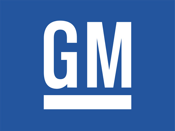 GM sues Fiat Chrysler, charging it was hurt by corrupt bargaining with United Auto Workers