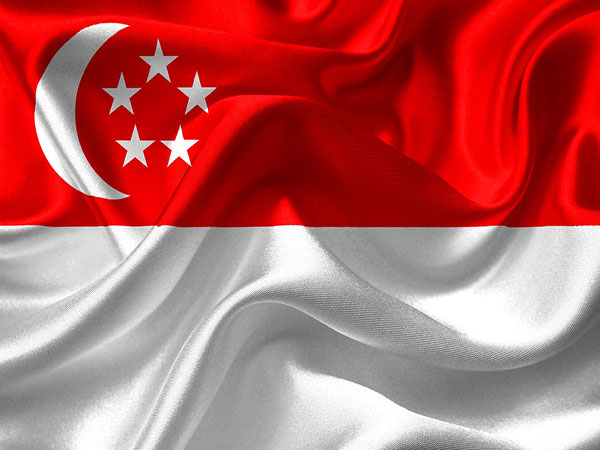 Singapore's ruling party wins with certain setback
