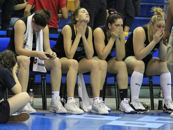 Argentina women's basketball team forfeits game after wearing wrong jerseys