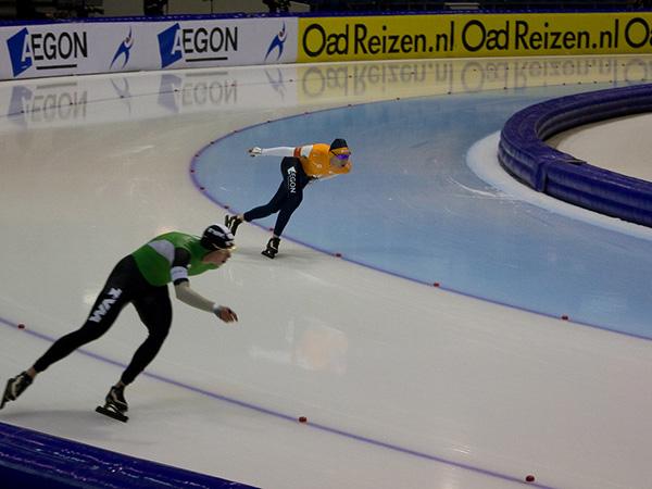 Canada's Bloemen, Fish burst to gold, bronze at single distance speed skating worlds