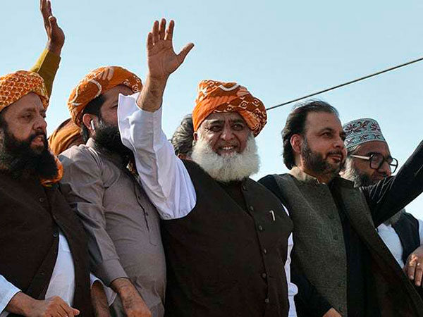 Azadi March to leave its imprint on political chessboard