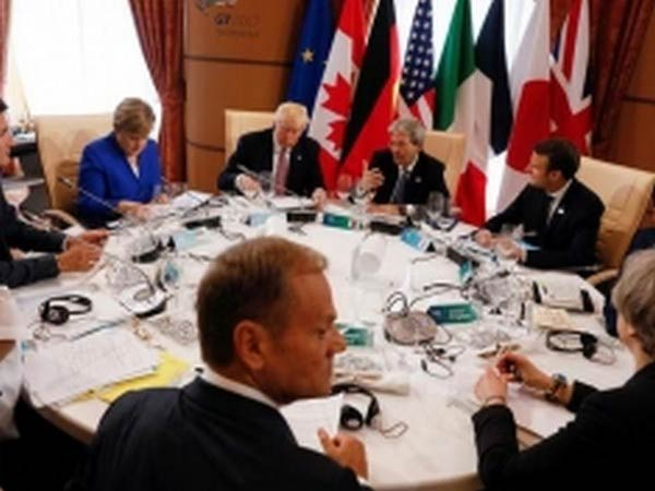 G7 ministers back extension of debt relief program