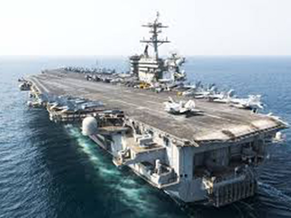 Coronavirus-hit US aircraft carrier returns to sea
