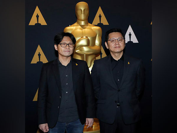 Director hopes his documentary can help Sewol tragedy regain public attention