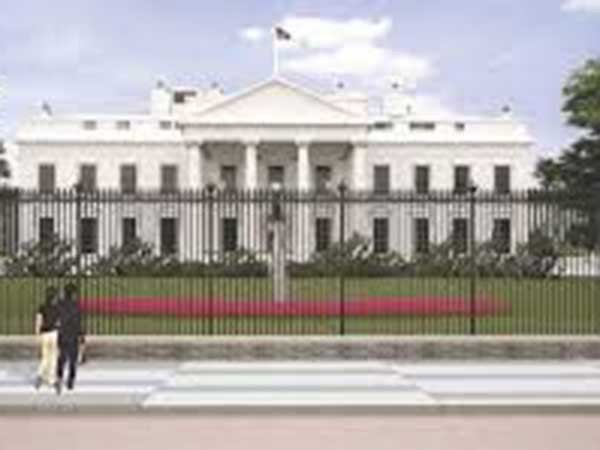 White House sees more breakthrough COVID-19 cases among staff