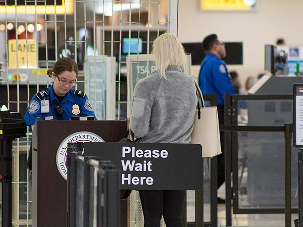 Watchdog raises concerns that some TSA screening equipment is not keeping pace with current threats