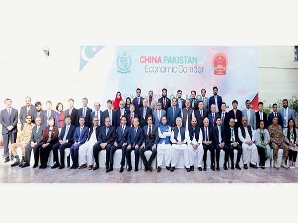 Pakistan seeks $9bn Chinese loan for ML-1, commits to border fencing