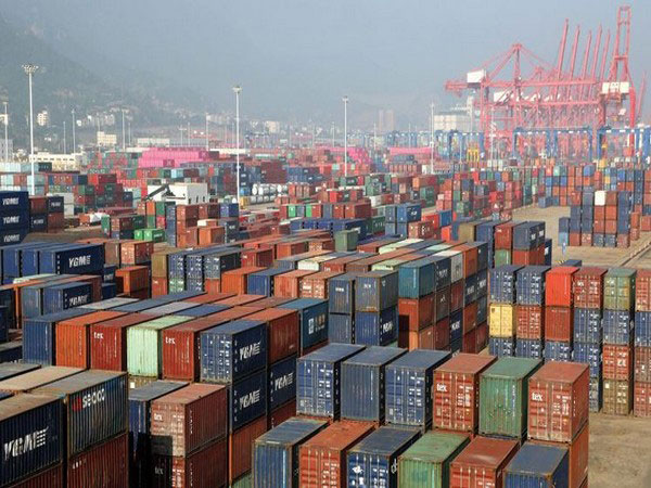 Japan's exports, imports continue to decline