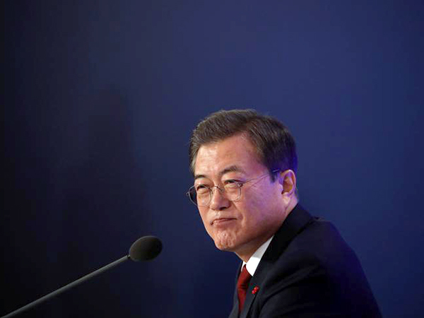 Moon asks Japan to respond to wartime labor issue