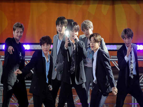BTS performs from home for U.S. TV show in time of social distancing