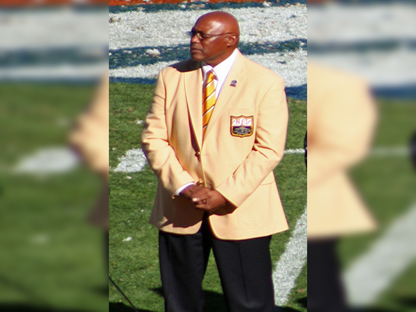 Football Hall of Famer Floyd Little diagnosed with cancer
