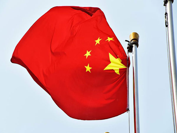 Chinese banks' net external liabilities shrink by March