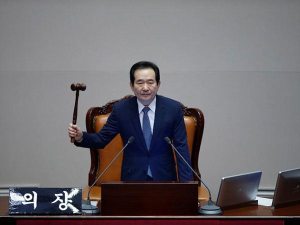 PM says no complacency yet over coronavirus in S. Korea