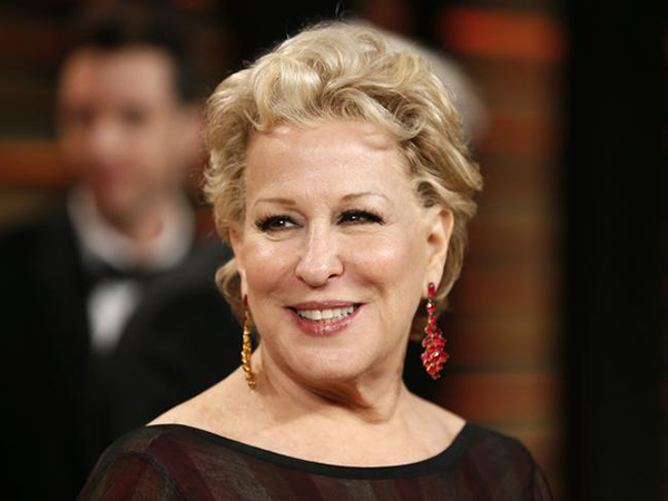 Bette Midler lobs profane attack at leading conservative who honored David Koch