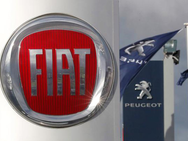UAW workers ratify new contract with Fiat Chrysler