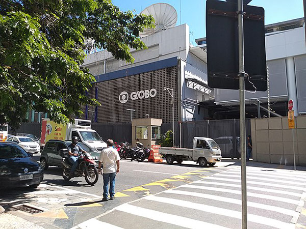 Brazil's TV Globo terminates Rio broadcast deal