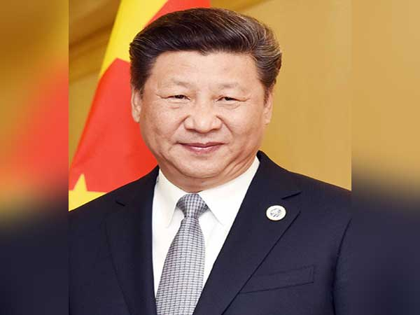 Xi meets German Chancellor Angela Merkel