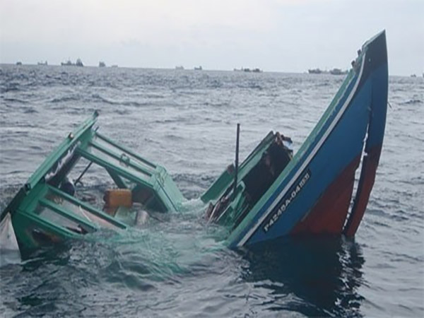 Two injured in speedboat collision