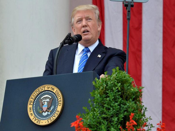 Trump urges Republicans to support bigger COVID-19 relief package