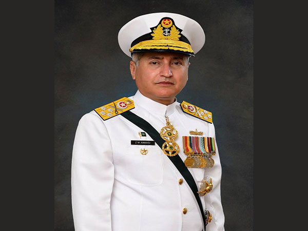 Pakistan's Naval Chief arrives in Sri Lanka on an official visit