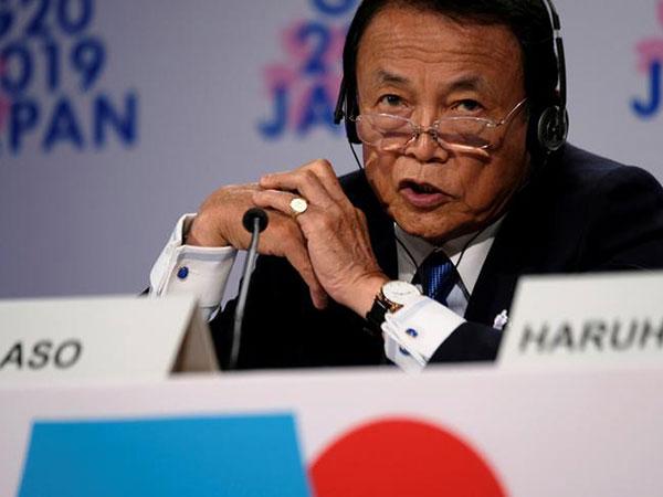 Aso expresses concern over digital yuan