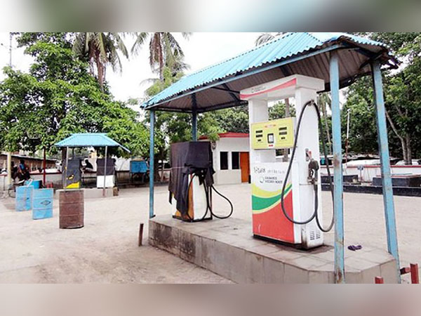 HC: No fuel for vehicles without renewed fitness certificates