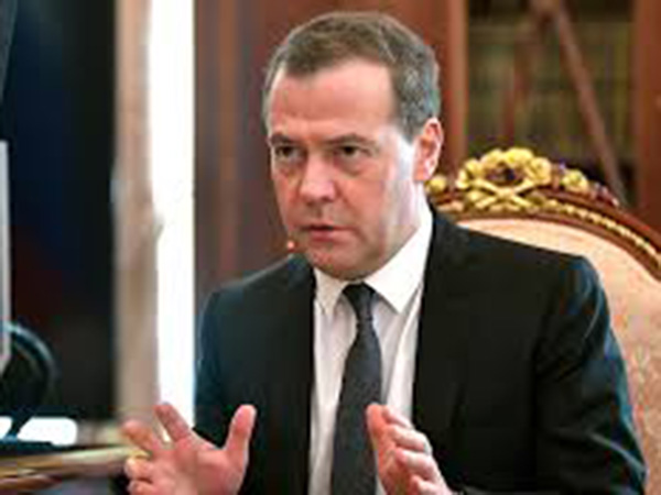 Medvedev says Russia can possibly adopt stricter measures to fight coronavirus