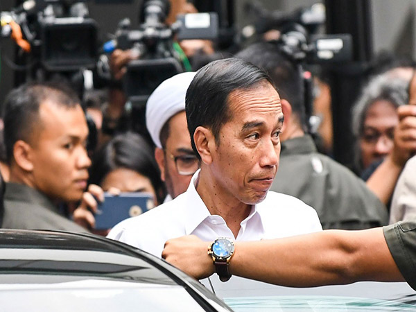'Corruption hampers investment': Economists urge Jokowi to issue Perppu on KPK Law