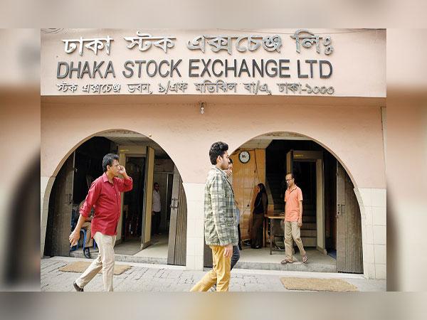 Market capitalization shrinks by Tk65,400cr in 9 months
