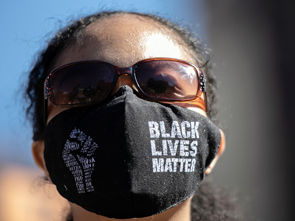 Texas teacher fired for refusing to stop wearing 'Black Lives Matter' mask: report