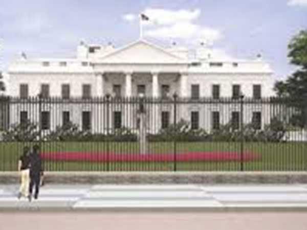 White House calls on Congress to pass short-term funding bill to avoid gov't shutdown