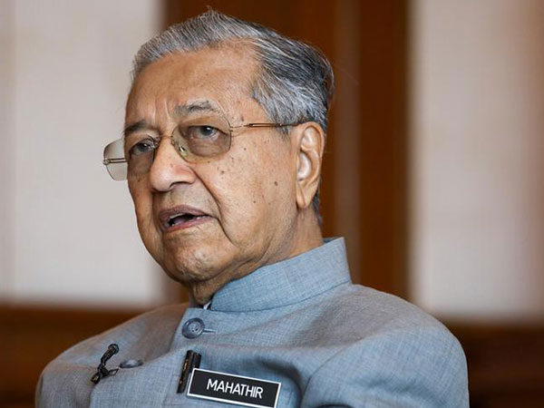Malaysian PM Mahathir submits resignation letter
